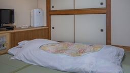 Traditional Oda (riverside Special W/ Futon, 3 Adults)