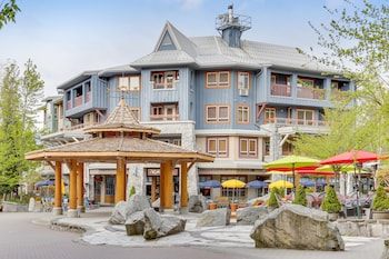 Hotel - Whistler Town Plaza by Whiski Jack
