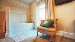 Executive Room (with Bath, No Shower)
