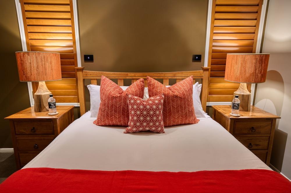 https://i.travelapi.com/hotels/4000000/3490000/3486500/3486482/fe8004e5_z.jpg
