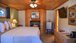 Comfort Room, 1 King Bed, Fireplace (no Pets)