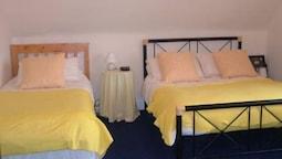 Family Quadruple Room, Ensuite