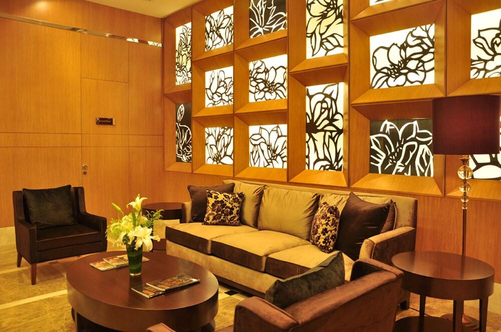 オークウッド レジデンス上海 (上海奥克伍徳華庭服務公寓)