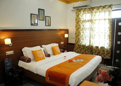 . Hotel Harmony