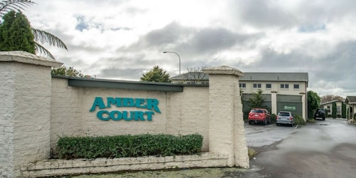 Amber Court Motel, New Plymouth