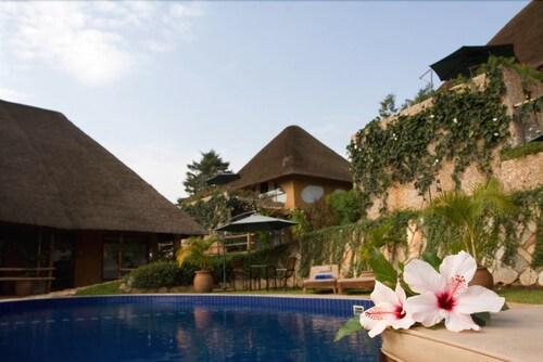 Le Petit Village Hotel, Kampala