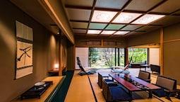 Shoheı Floor Japanese Excecutive Suite