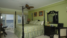 Deluxe Room, 1 King Bed, Ocean View
