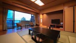 Traditional Oda (japanese Style Room, 8 Tatami)