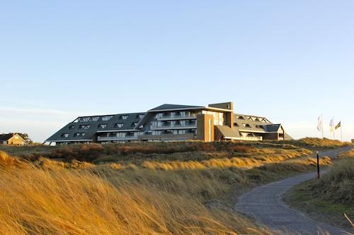 . Paal 8 hotel aan Zee