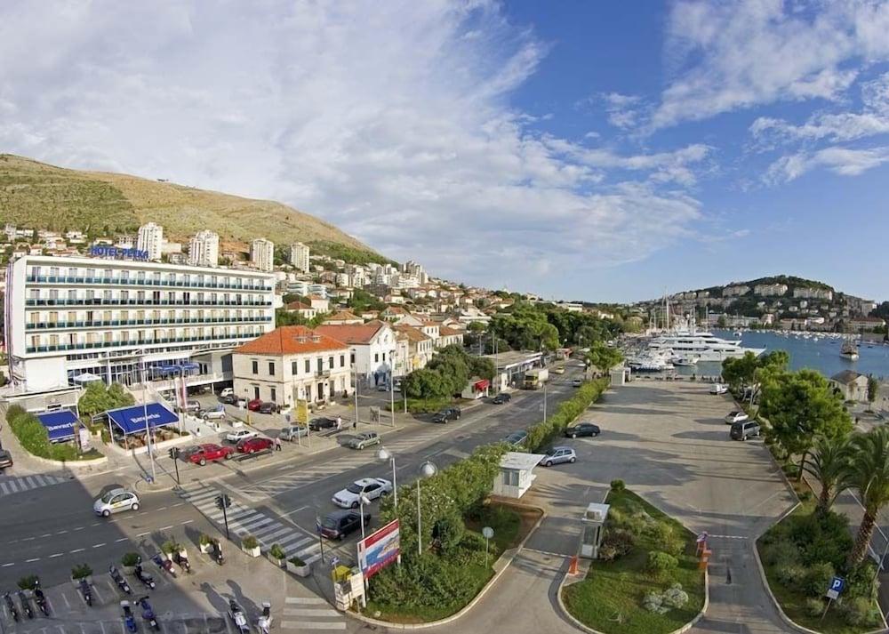 호텔 페트카(Hotel Petka) Hotel Image 14 - Exterior