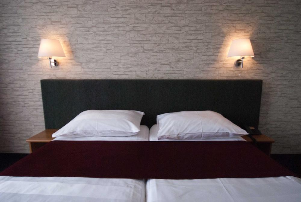 호텔 페트카(Hotel Petka) Hotel Image 7 - Guestroom