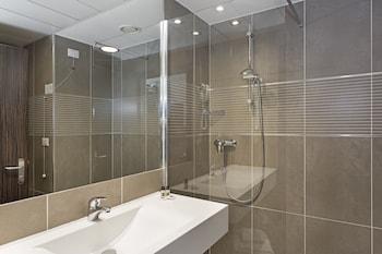 B&B Hotel Trento - Bathroom  - #0