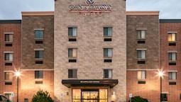 Candlewood Suites La Crosse N, an IHG Hotel