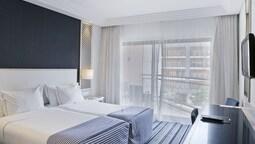 Double Room, City View