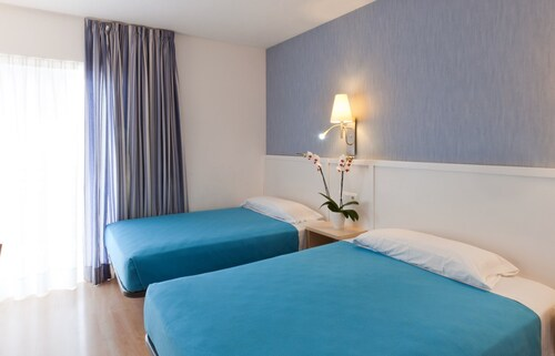 Hotel Guitart Gold Central Park Aqua Resort 4*, Girona