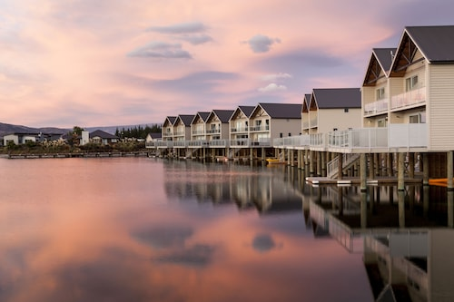 The Lake Resort - Heritage Collection, Central Otago
