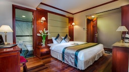 Classic Room, 1 Double Or 2 Twin Beds, City View