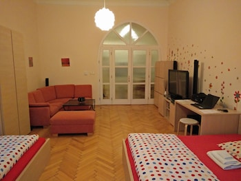 Apartment, Multiple Beds, City View