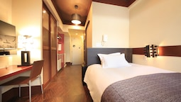 Superior Semi-double Room -non Smoking (1 Double Bed)