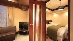 Premium Family Room -non Smoking (4 Semi-double Bed) - Extrabed İs From 5th Adult