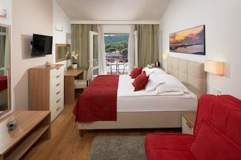 Tek Büyük Yataklı Oda, Balkon (sea View)