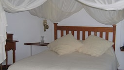 Luxury Room With King Size & 3/4 Bed