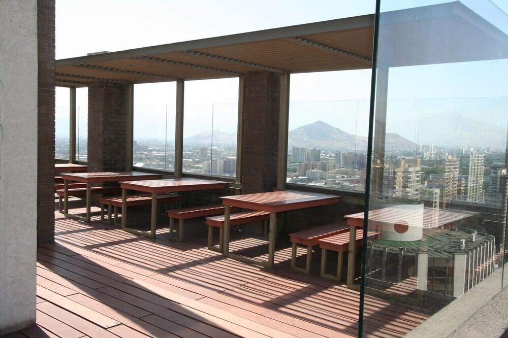 BMB 스위츠 아파트먼츠(BMB Suites Apartments) Hotel Image 29 - Terrace/Patio