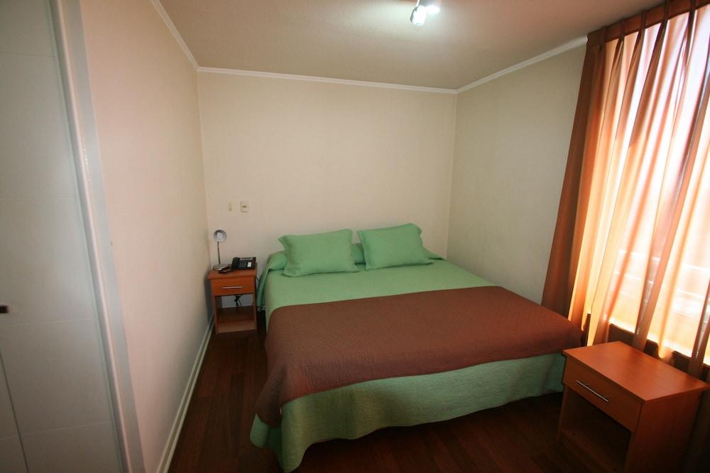 BMB 스위츠 아파트먼츠(BMB Suites Apartments) Hotel Image 3 - Guestroom