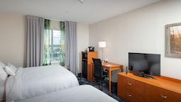 Room, 2 Double Beds, Harbor View