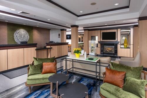 . Fairfield Inn & Suites by Marriott New Bedford