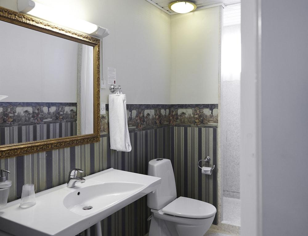 밀링 호텔 삭시드후스 콜딩(Milling Hotel Saxildhus, Kolding) Hotel Image 30 - Bathroom