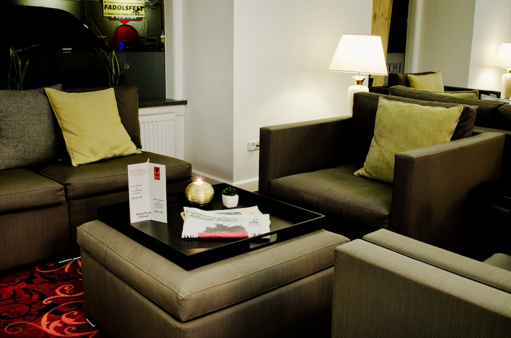 밀링 호텔 삭시드후스 콜딩(Milling Hotel Saxildhus, Kolding) Hotel Image 2 - Lobby Sitting Area