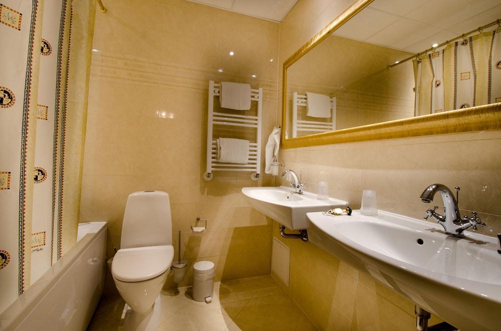 밀링 호텔 삭시드후스 콜딩(Milling Hotel Saxildhus, Kolding) Hotel Image 31 - Bathroom