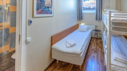 Standard Üç Kişilik Oda, Özel Banyo