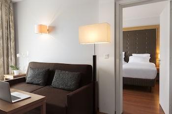 Premium Room & Junior Suite Communicating