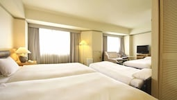 Quadruple Room (deluxe Twin Room With 2 Extra Beds)