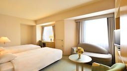 Triple Room (superior Twin Room With 1 Extra Bed)