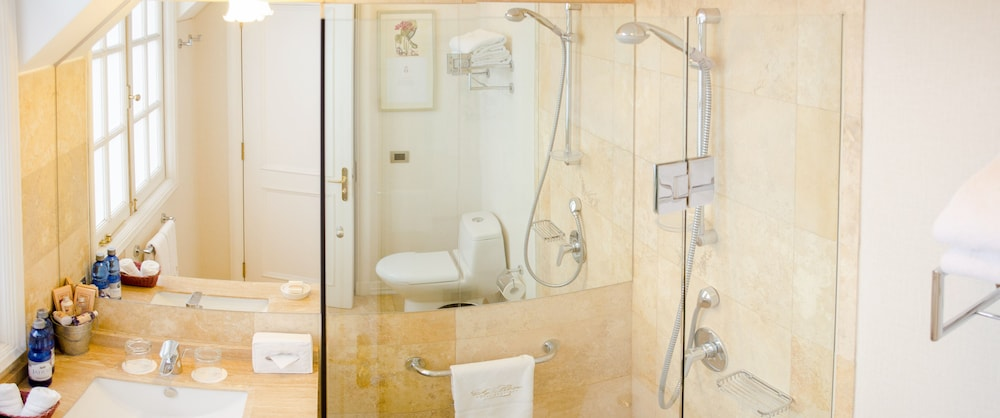 르 레브 부티크 호텔(Le Rêve Boutique Hotel) Hotel Image 26 - Bathroom