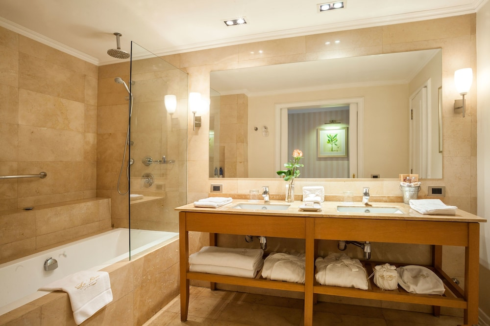 르 레브 부티크 호텔(Le Rêve Boutique Hotel) Hotel Image 29 - Bathroom