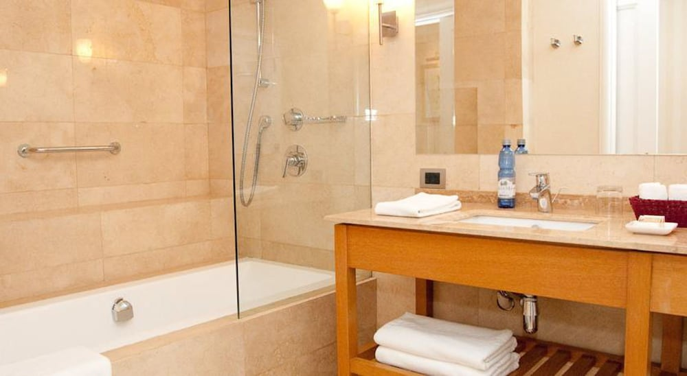 르 레브 부티크 호텔(Le Rêve Boutique Hotel) Hotel Image 25 - Bathroom