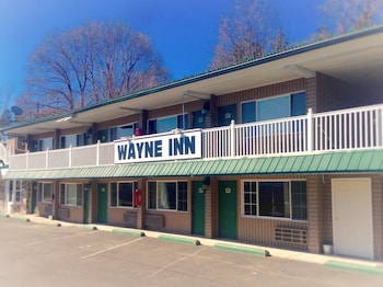 Wayne Inn