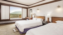 Imperial Suite 3 (mountain View)