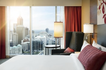 Room, 1 King Bed, Non Smoking, View (Skyline View)