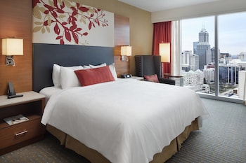 High Floor, 1 King Bed, Executive Lounge Access