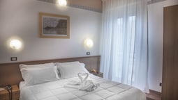 Standard Double Room, 1 Double Bed, Ensuite
