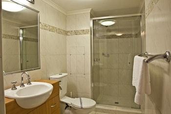 Aristocrat Apartments - Bathroom  - #0