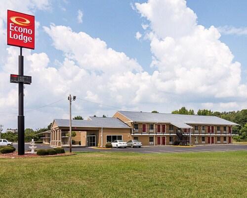 . Econo Lodge Pine Bluff