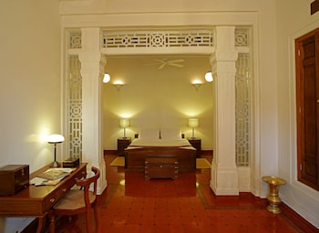 Traditional Tek Büyük Veya İki Ayrı Yataklı Oda