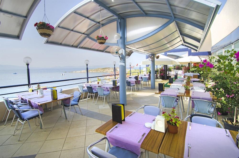 더 그랜드 블루 스카이 인터내셔널  - 올 인클루시브(The Grand Blue Sky International - All Inclusive) Hotel Image 37 - Outdoor Dining